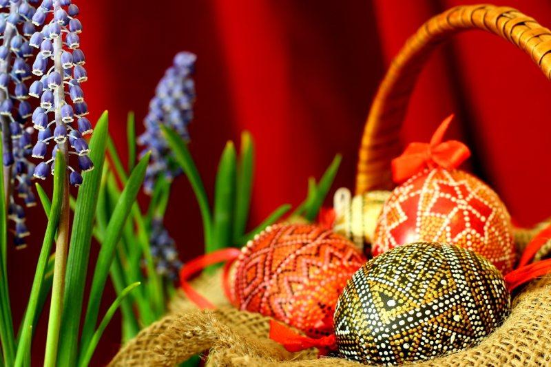 Easter-greetings-1396943788 46